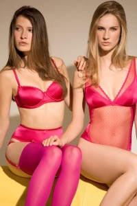 Raspberry Ripple von Mimi Holliday in fuchsia-pink