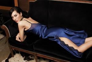 Seide Negligé Silk Lace safirblau von Luna di Seta