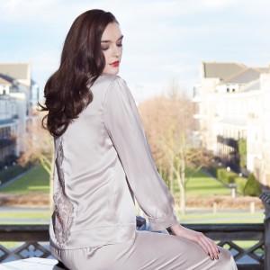 Seidenpyjama von Shell Belle Couture