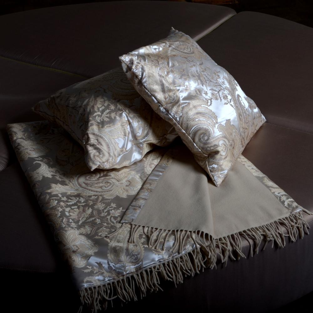 kaschmir seide plaid sabina von der plauener seidenweberei. Black Bedroom Furniture Sets. Home Design Ideas